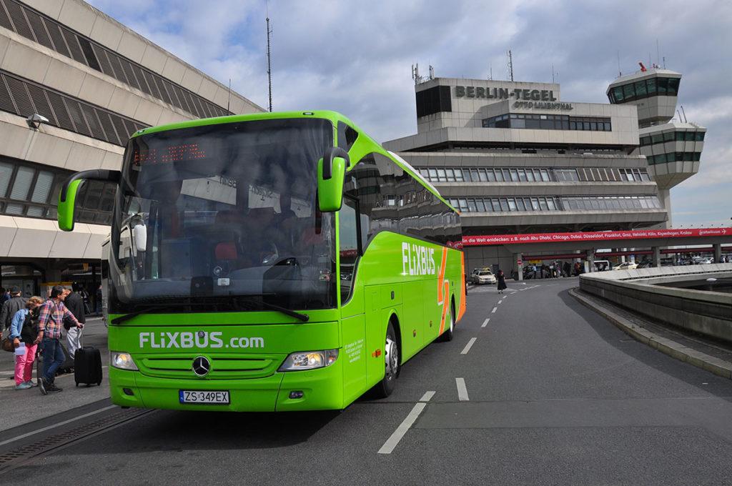 Przystanek lotnisko Berlin Tegel TXL Flixbus Follow me